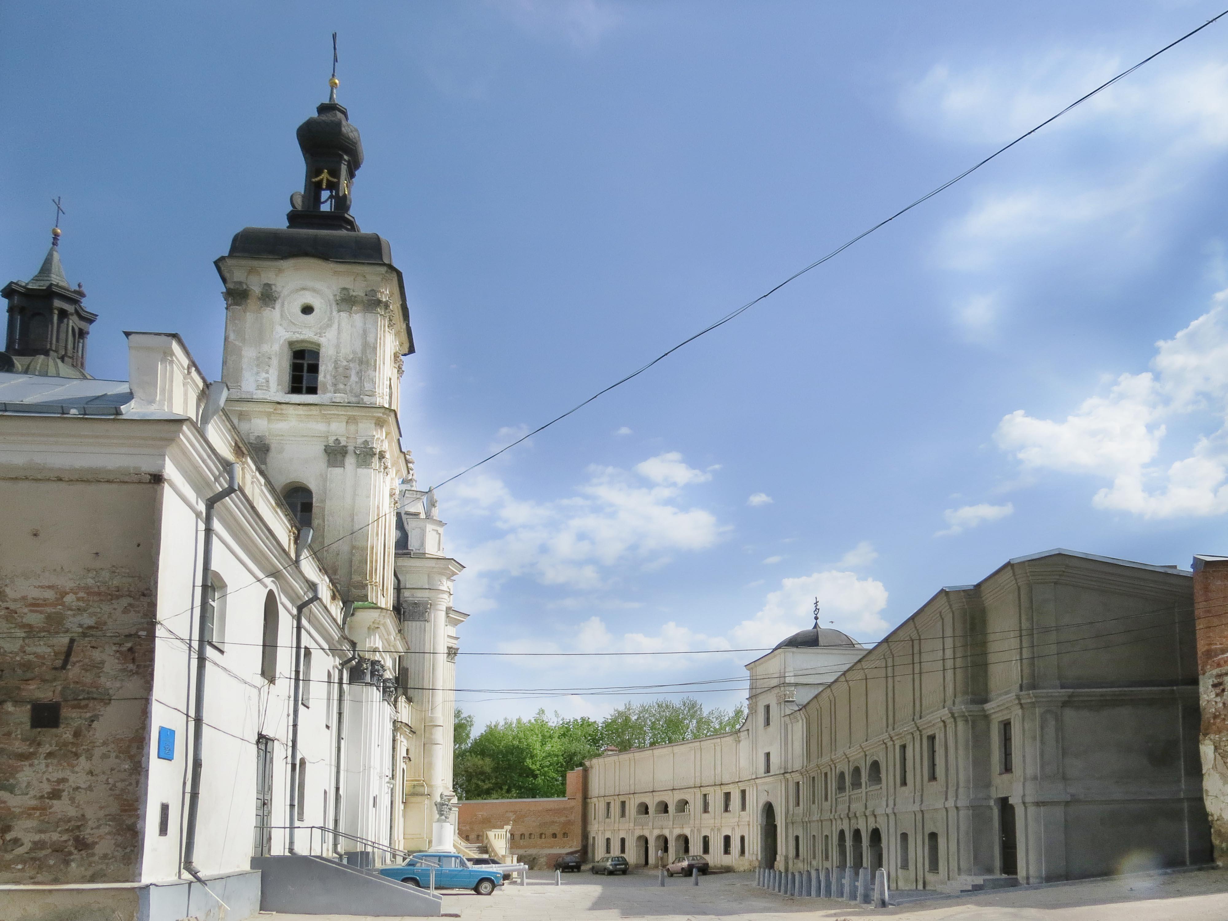 Монастир Кармелітів Босих, фото